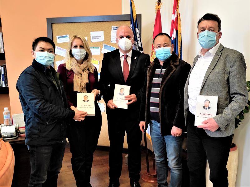 USPEŠNA saradnja na pomolu: Predstavnici kineskih privrednih asocijacija posetili GO Zvezdara (FOTO)