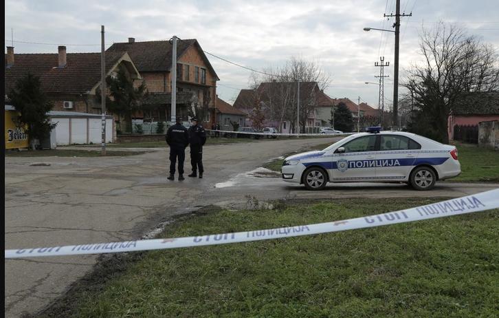 KRVAVI OBRAČUN U PANČEVU Navijač Partizana upucan u stomak tokom tuče, pa preminuo u bolnici, ubica udaren kolima nakon pucnjave