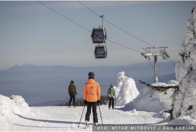 SVE JE SPREMNO ZA SVEČANO OTVARANJE Sutra na Kopaoniku kreće sa radom gondola Brzeće – Mali Karaman koju smo svi željno čekali