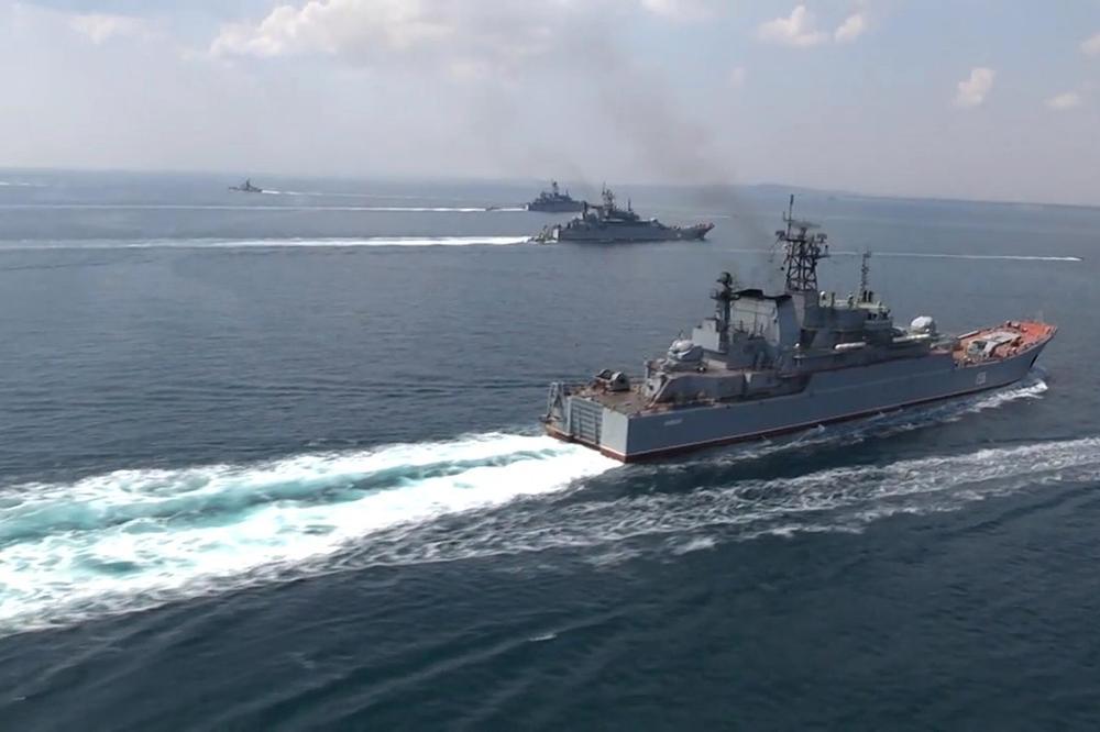 VREME JE DA RUSIJA POKAŽE ZUBE: Ruski viceadmiral poslao Amerima nikad jasniju poruku! (VIDEO)