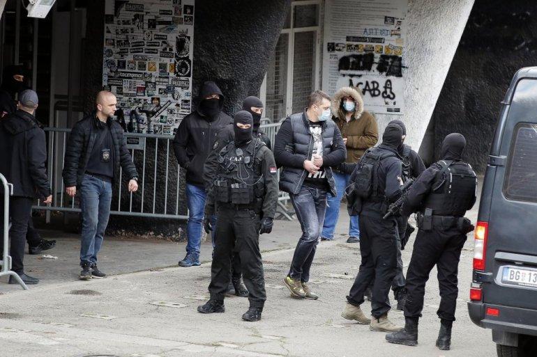 EKSKLUZIVNO OTKRIVAMO ŠTA SU PRIČALI VELJINI PAJTOSI IZ POLICIJE: Ajde da pomognemo bratu Veljku!