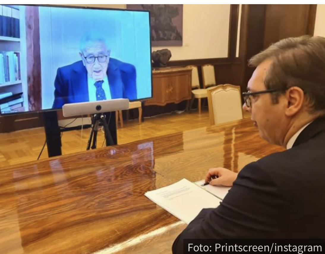 Vučić razgovarao sa jednim od najpoznatijih američkim političara (FOTO)