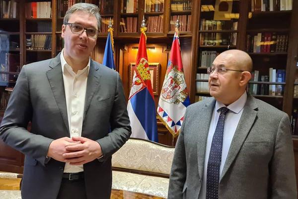 VUČIĆ SE SASTAO S PASTOROM: Odličan sastanak sa prijateljem, nikad bolji odnosi Srba i Mađara
