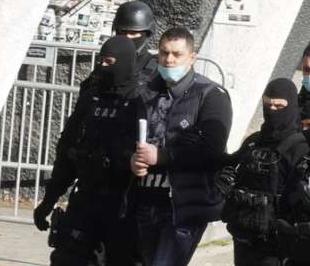Bivši policajac iz Loznice koji je uzeo ime poznatog pevača Velji Nevolji odrađivao prljave poslove