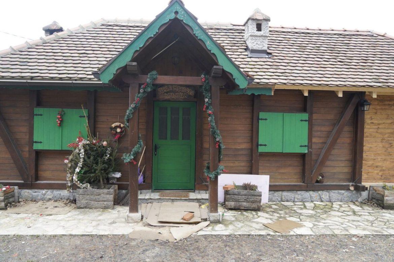Nešto ČUDNO se dešavalo oko kuće Belivuka: Meštani u strahu OTKRILI šta je ekipa radila usred šume (FOTO)