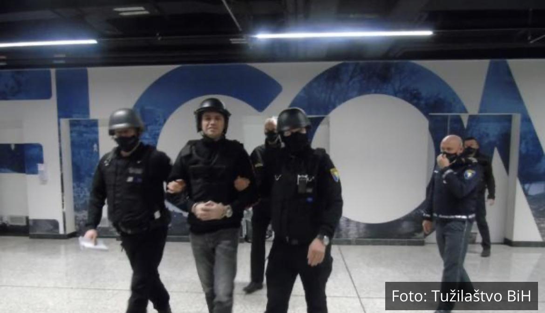TRAŽIM DA MI ODREDITE PRITVOR: Darko Elez izveden pred istražnog sudiju u Sarajevu