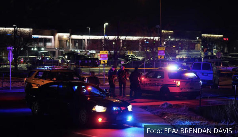 MASAKR U KOLORADU Desetoro ljudi ubijeno u pucnjavi u supermarketu, među njima i policajac (FOTO, VIDEO)