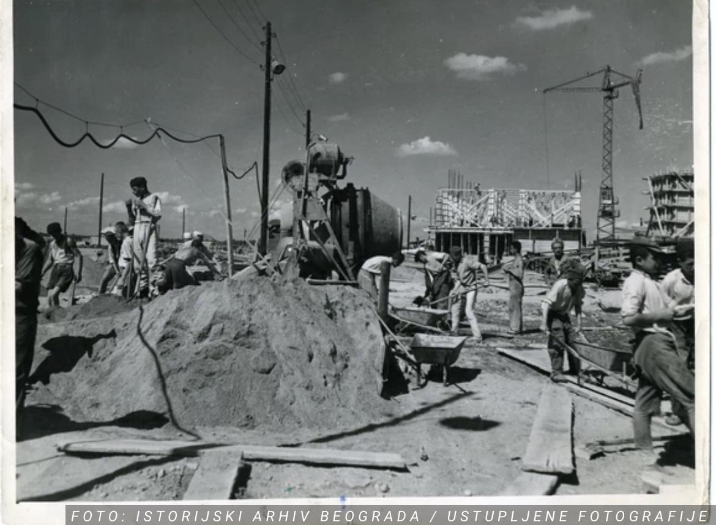 BEOGRAD IZ CRNO-BELIH DANA Od močvare do medernog dela grada: Na današnji dan 1948. počela je izgradnja Novog Beograda