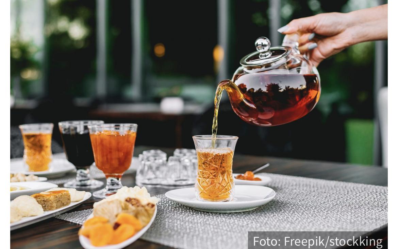 Napitak koji postoji više od 2.000 godina: KOMBUHA čaj kao eliksir ZDRAVLJA i mladosti
