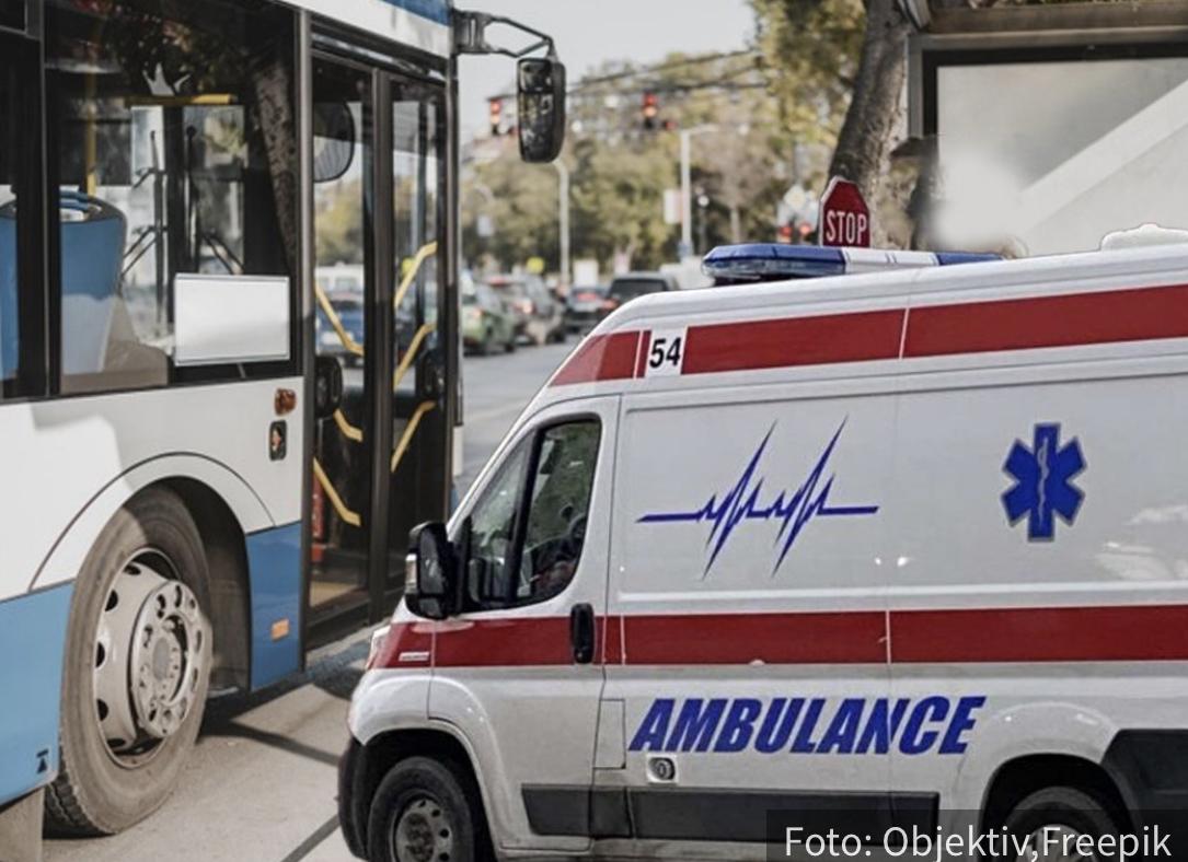 HAOS na Novom Beogradu: Sudar gradskog autobusa i automobila, saobraćaj USPOREN