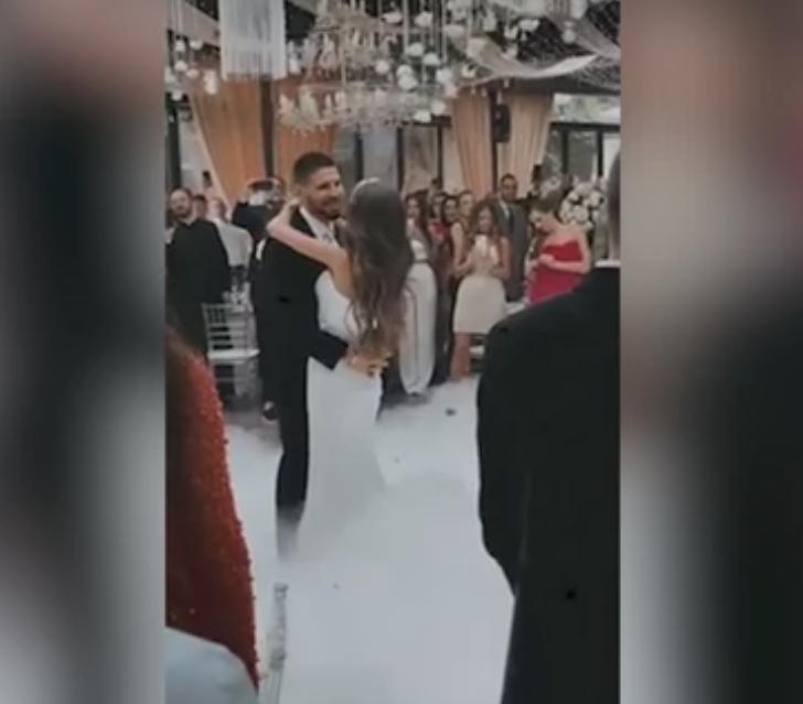 (VIDEO) MAGIČNI PRVI PLES I BACANJE BIDERMAJERA Zavirite na svadbu Aleksandra Mitrovića, ovo su NAJEMOTIVNIJI MOMENTI