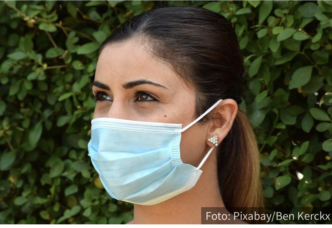 Problemi koji nastaju zbog čestog nošenja maski za lice: Dermatolozi savetuju kako da zaštitite kožu