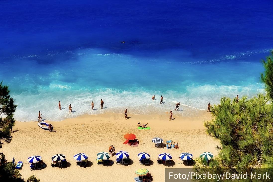 Srpski turisti ne mogu u 18 zemalja EU: Postoje ODREĐENI USLOVI, jedan formular je neophodan za Grčku