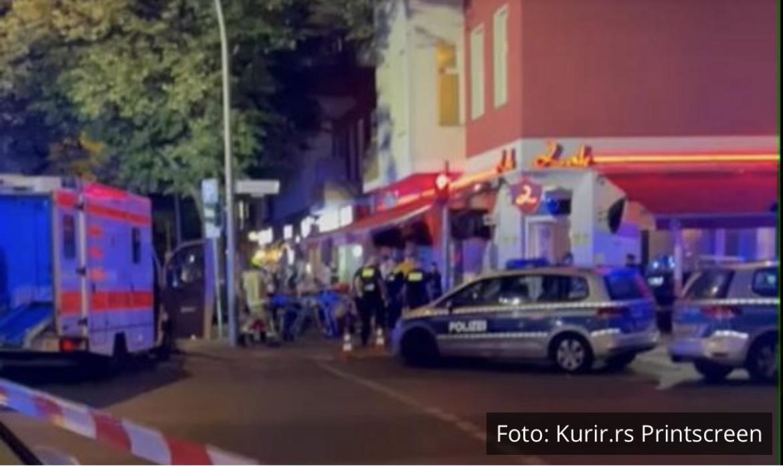 SNIMCI NAKON PUCNJAVE U BERLINU: Veliki broj policije i hitne pomoći na licu mesta! Hici ispljeni na 3 Novopazarca, jedan ubijen