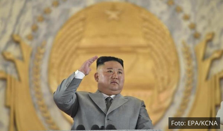 REŠENA JEDNA OD DVE SEVERNOKOREJSKE MISTERIJE: Kim Džong-un se konačno pojavio i vodio važnu sednicu VIDEO