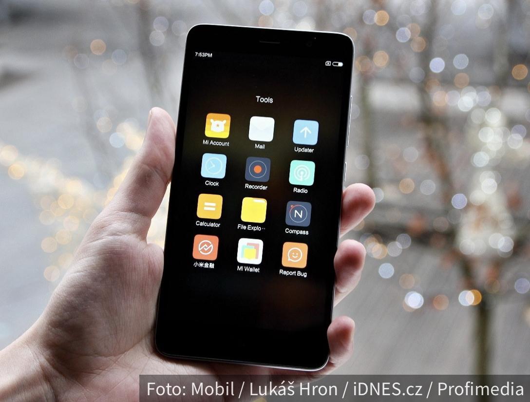 VELIKI PREOKRET: Kineska kompanija pretekla Apple u prodaji telefona