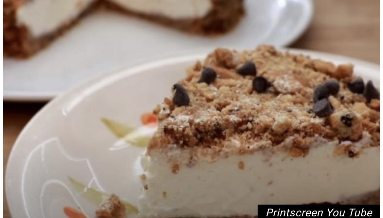 KREMASTI KOLAČ SA KEKSOM I BELIM FILOM! Jeftini desert koji se brzo pravi! /VIDEO/