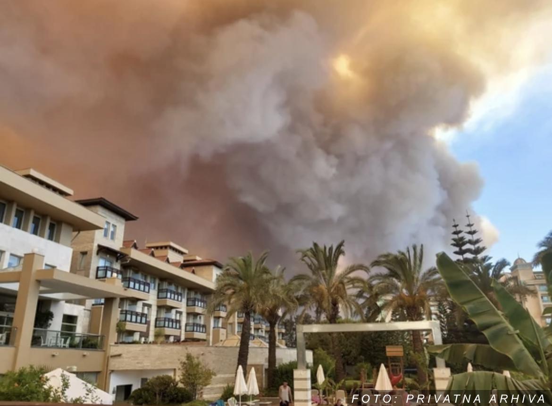 """""""Ne preti naseljima"""": Većina šumskih požara u Turskoj STAVLJENA POD KONTROLU"""