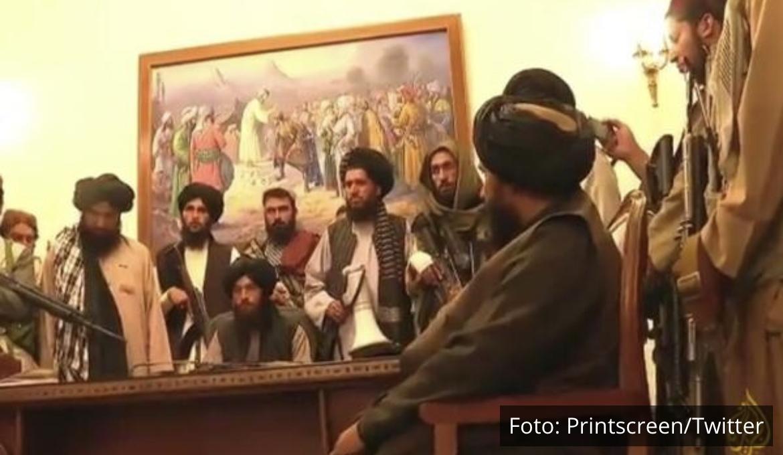 SNIMAK OTKRIO ŠTA SU TALIBANI PRVO URADILI U PREDSEDNIČKOJ PALATI: Jasno govori o daljoj sudbini zemlje! VIDEO