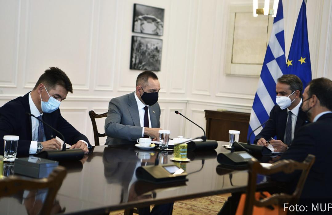 Micotakis potvrdio da Grčka NEĆE priznati lažnu državu Kosovo: Vulin preneo VAŽNU poruku iz Atine (FOTO)