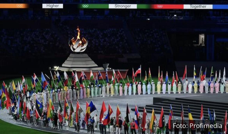 SPEKTAKULARNO ZATVARANJE OLIMPIJSKIH IGARA: Zastavu Srbije nosi zlatna Jovana Preković
