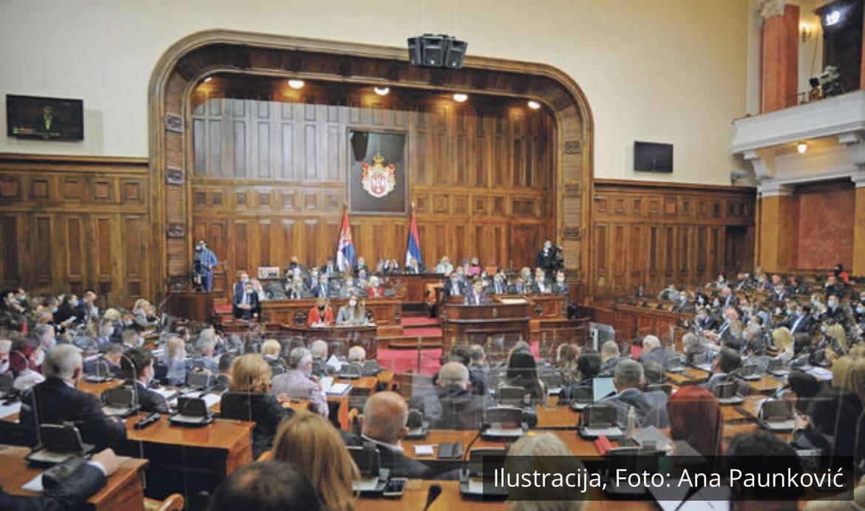 USVOJEN ZAKON O UPOTREBI SRPSKOG JEZIKA I ZAŠTITI ĆIRILICE: 191 poslanik glasao za, posle usvajanja usledio je GROMOGLASAN APLAUZ