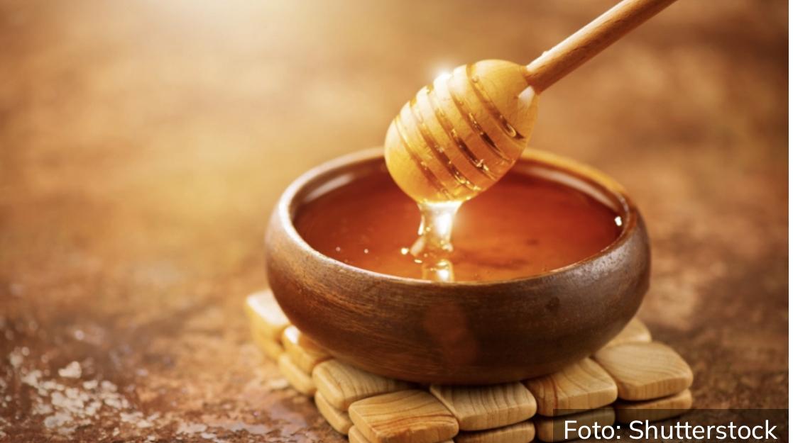 Nega pre svega: Napravite melem od meda i zaboravite na bore