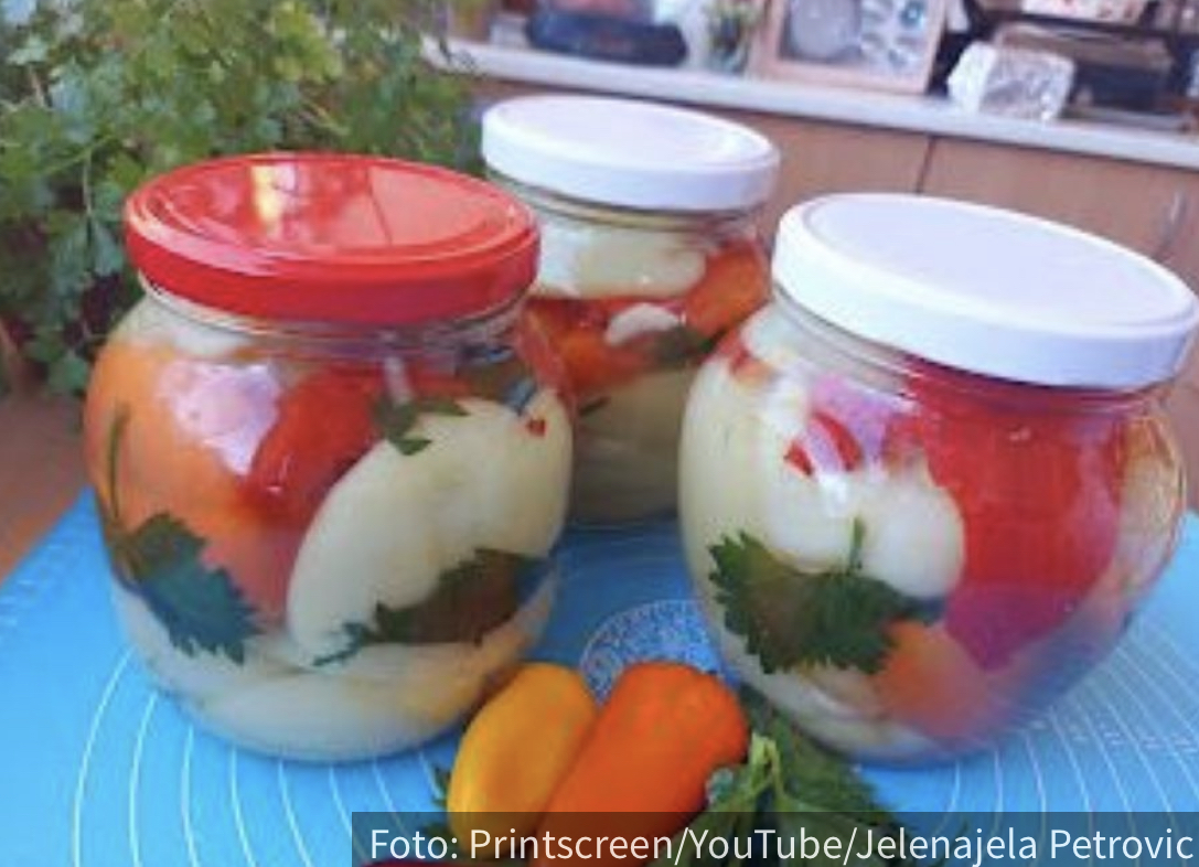 Bakin recept koji svi traže: Nema prave zimnice bez paprike! (VIDEO)