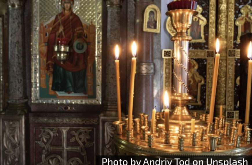 SPC i vernici danas slave VELIKOG MUČENIKA SOZONTA: Mučitelji ga tukli, obesili o drvo i strugali gvozdenim četkama