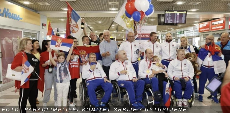 Svečani doček srpskog paraolimpijskog tima iz Tokija u Skupštini grada (UŽIVO, VIDEO)