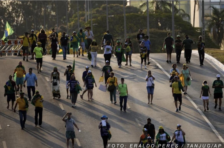HAOS U BRAZILU Hiljade Bolsonarovih pristalica u prestonici, probijena policijska blokada (FOTO, VIDEO)
