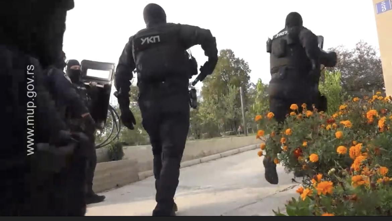 OVAKO SU DANAS PALI VOJNICI VELJE NEVOLJE: Pogledajte spektakularnu akciju srpske policije (VIDEO)