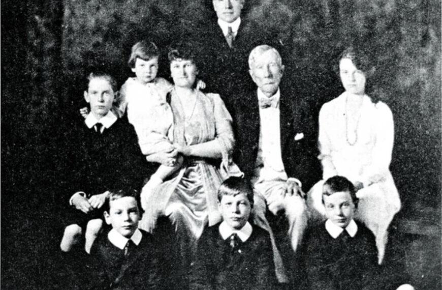 KO SU BILI ROKFELERI? Džon je bio prvi svetski milijarder, toliko su ih mrzeli da su porodicu morali da štite čuvari, a povezuju ih i sa idejom TAJNE SVETSKE VLADE